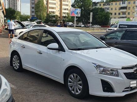 Chevrolet Cruze 2012 года за 3 500 000 тг. в Нур-Султан (Астана) – фото 2