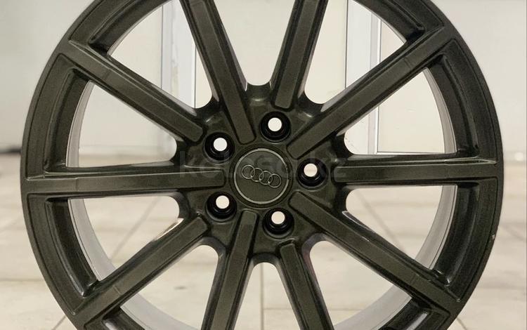 Оригинальные диски Audi R19 8.5j 5 112 ET43 за 270 000 тг. в Нур-Султан (Астана)