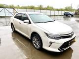 Toyota Camry 2017 года за 11 299 999 тг. в Уральск – фото 3