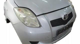 Капот на Тойота Ярис Vitz за 45 000 тг. в Алматы