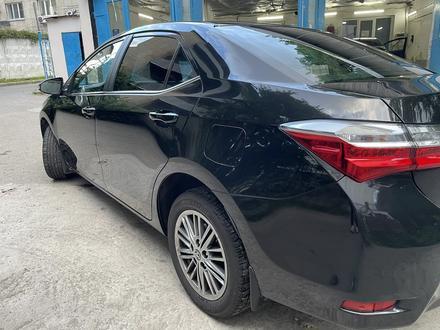 Toyota Corolla 2018 года за 8 200 000 тг. в Алматы – фото 2