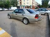 Mercedes-Benz C 180 1998 года за 2 400 000 тг. в Караганда – фото 4