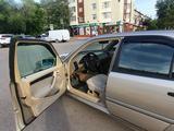 Mercedes-Benz C 180 1998 года за 2 400 000 тг. в Караганда – фото 5