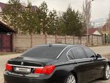 BMW 740 2009 года за 5 500 000 тг. в Алматы – фото 2