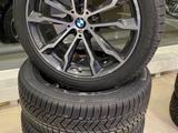 Новый оригинальный комплект зимних колес R20 для BMW X3, X4 за 1 530 000 тг. в Алматы – фото 3
