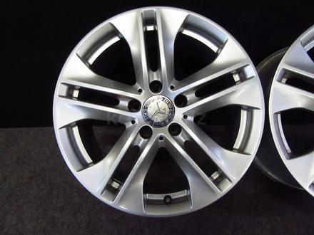 Оригинальные диски на Mercedes-Benz E classe W212 за 180 000 тг. в Алматы