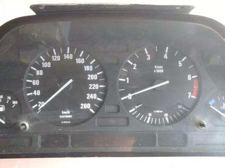 Щиток приборов БМВ е32 за 25 000 тг. в Алматы – фото 2