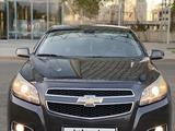 Chevrolet Malibu 2014 года за 6 700 000 тг. в Алматы – фото 2