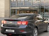 Chevrolet Malibu 2014 года за 6 700 000 тг. в Алматы – фото 4