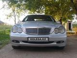 Mercedes-Benz C 240 2002 года за 2 600 000 тг. в Алматы
