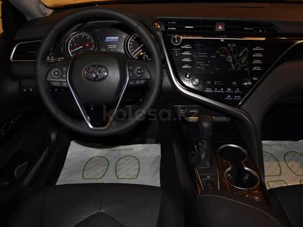 Toyota Camry 2020 года за 15 200 000 тг. в Алматы – фото 7