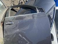 Дверь на шевроле круз за 9 000 тг. в Шымкент