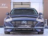 Hyundai Sonata 2019 года за 13 490 000 тг. в Павлодар – фото 2