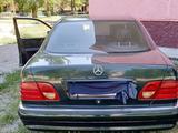 Mercedes-Benz E 280 1997 года за 2 800 000 тг. в Тараз – фото 3