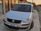 Volkswagen Touran 2007 года за 3 100 000 тг. в Шымкент – фото 4
