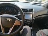Hyundai Accent 2014 года за 4 000 000 тг. в Атырау – фото 3