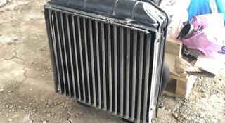 Радиатор охлождения со шторкой оригинал в идеале за 150 000 тг. в Алматы