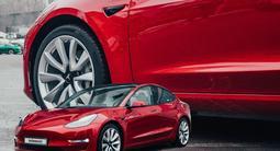 Tesla Model 3 2018 года за 25 500 000 тг. в Алматы – фото 2