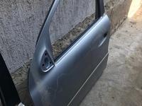 Дверь передняя левая w164 ml350 за 888 тг. в Алматы