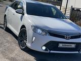 Toyota Camry 2017 года за 7 300 000 тг. в Караганда – фото 5