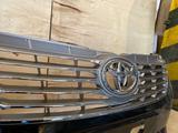 Решетка радиатора Toyota Camry 50 за 24 999 тг. в Алматы – фото 3