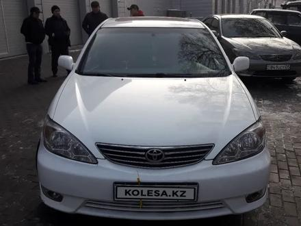Toyota Camry 2002 года за 3 850 000 тг. в Алматы – фото 2