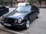 Mercedes-Benz E 280 1996 года за 1 850 000 тг. в Павлодар