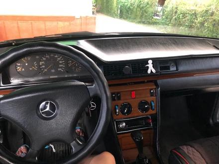 Mercedes-Benz E 230 1992 года за 1 300 000 тг. в Алматы – фото 14