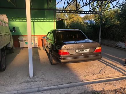 Mercedes-Benz E 230 1992 года за 1 300 000 тг. в Алматы – фото 7