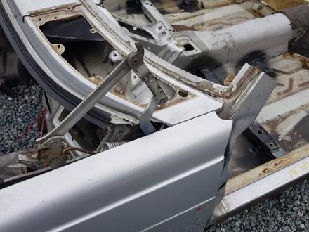 Телевизор + пол + крылья на Mercedes-Benz w123 E за 365 532 тг. в Владивосток – фото 28