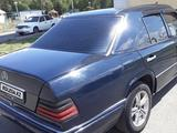 Mercedes-Benz E 200 1993 года за 1 300 000 тг. в Талдыкорган – фото 3