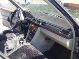 Mercedes-Benz E 200 1993 года за 1 300 000 тг. в Талдыкорган – фото 5