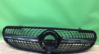 Астана Решетка радиатора Mercedes Мерседес GLC x253 253 за 180 000 тг. в Нур-Султан (Астана)