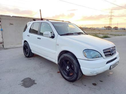 Mercedes-Benz ML 320 1999 года за 2 700 000 тг. в Тараз – фото 3
