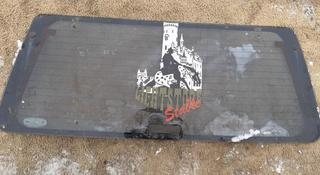 Стекло крышки багажника с ручкой Ford Explorer за 25 000 тг. в Семей