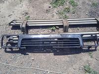 Решетка на до рестайл сюрф 4ранер за 10 000 тг. в Алматы