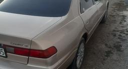 Toyota Camry 1998 года за 2 800 000 тг. в Талдыкорган – фото 3