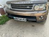 Комплект бамперов и решеток на Range Rover sport рестайл за 150 000 тг. в Алматы