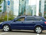 Opel Astra 2008 года за 2 650 000 тг. в Алматы – фото 2