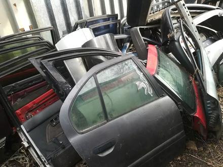 Двери на немецкие автомобили привозные! за 111 111 тг. в Алматы – фото 3