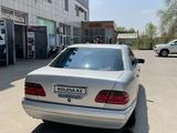 Mercedes-Benz E 420 1996 года за 3 400 000 тг. в Алматы – фото 3
