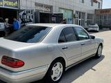 Mercedes-Benz E 420 1996 года за 3 400 000 тг. в Алматы – фото 4