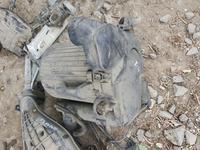 Воздушный короб фильтра фольксваген т4 за 10 000 тг. в Актобе