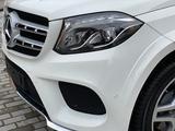 Mercedes-Benz GLS 400 2018 года за 27 000 000 тг. в Караганда – фото 3
