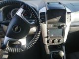 Chevrolet Captiva 2008 года за 3 400 000 тг. в Уральск – фото 3