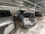 Hyundai Starex 2019 года за 13 100 000 тг. в Алматы – фото 2