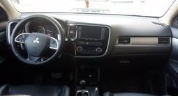 Mitsubishi Outlander 2013 года за 7 200 000 тг. в Актау – фото 2