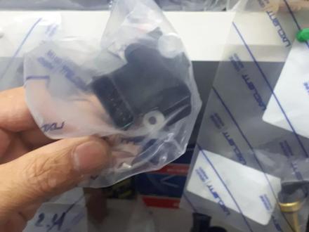 Датчик расхода воздуха (валюметр) на Шеврале Каптива с100 3.2 за 65 000 тг. в Актау – фото 4