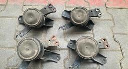 Подушка двигателя Toyota Yaris за 20 000 тг. в Алматы