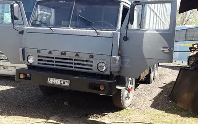 КамАЗ 1995 года за 3 000 000 тг. в Алматы